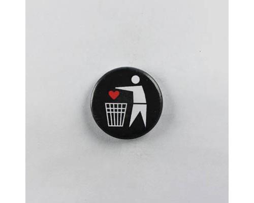 Значок  Любовь в мусор  1