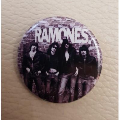 Значок Ramones 1