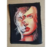 Нашивка Девушка тигр 1
